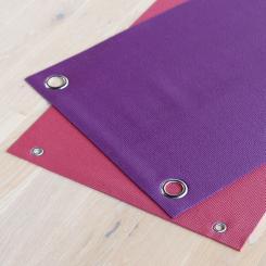 Sonderanfertigung: Stanzung von zwei Metall-Ösen in Yogamatten